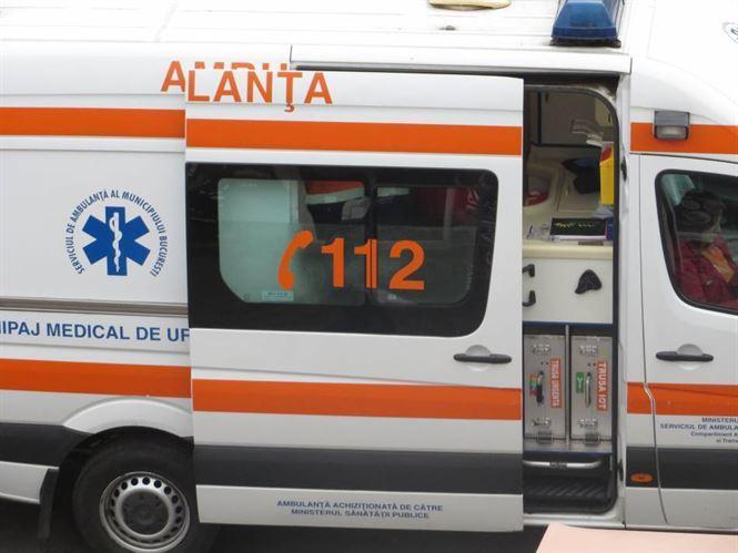 Accident cu două victime la ieșire din Vărsătura spre Albina