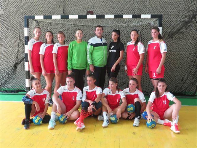 Handbalistele junioare 2 au obtinut o victorie importanta la United Galati