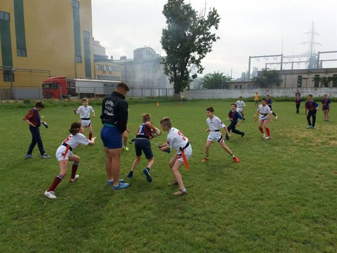 "Echipa Liceului ""Anghel Saligny"", locul 3 la faza zonala a ONSS la rugby-tag ciclul primar"