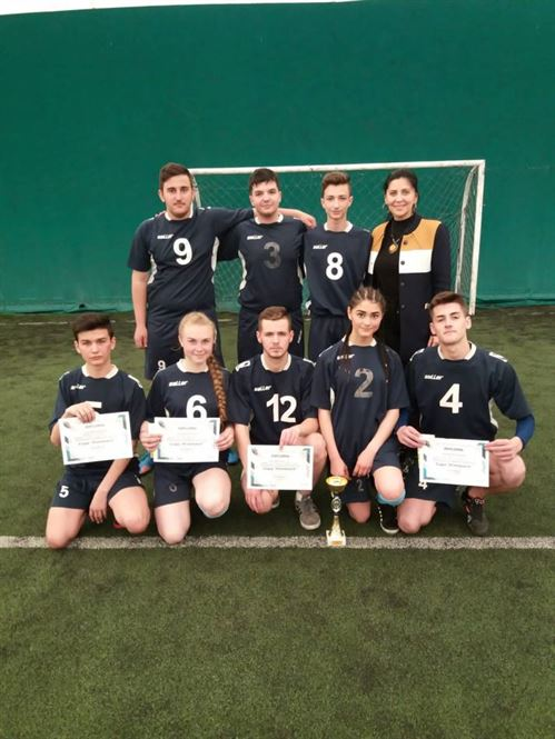 """Echipa Liceului Panait Cerna a câștigat """"Cupa Primăverii"""" la rugby-tag"""
