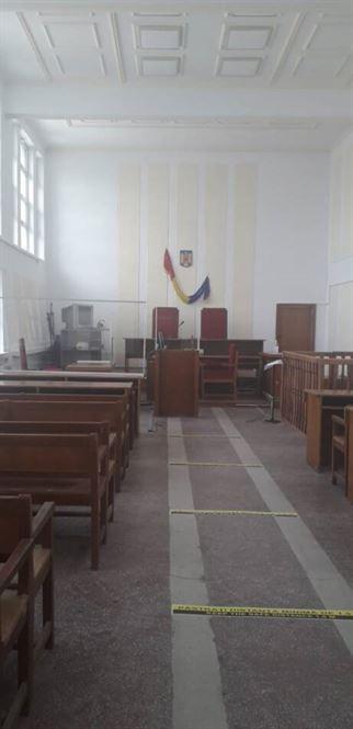 Măsuri de siguranță în sălile de judecată