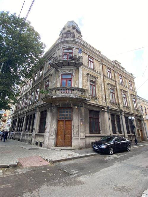 Prefectura Brăila interesată să preia în administrare clădirea din strada Brașoveni nr. 2 și să o transforme în sediul instituției