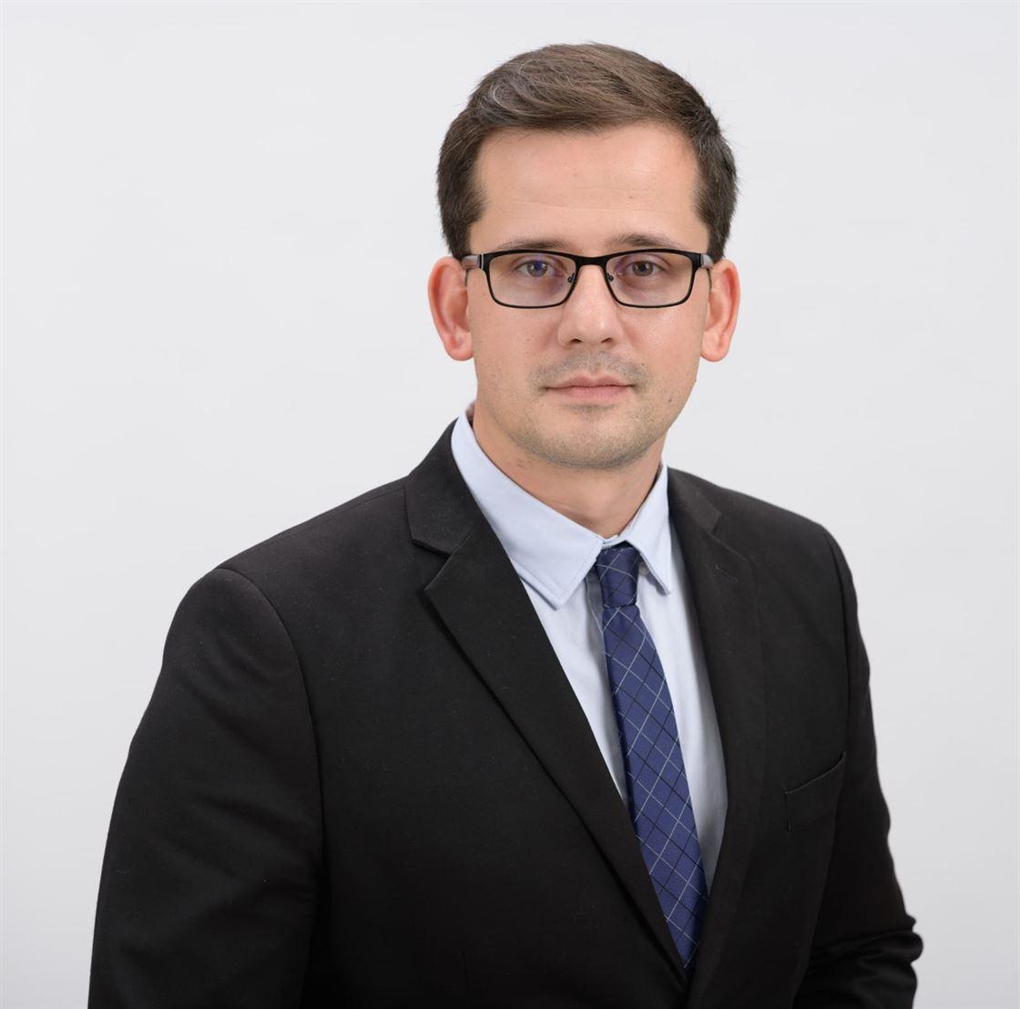 Adrian Tabarac a adresat o scrisoare deschisă președintelui PNL, Ludovic Orban