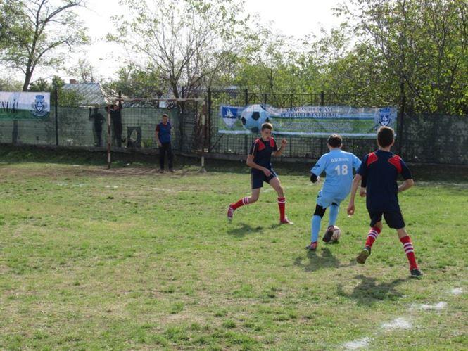 Caravana fotbalului brăilean a poposit la Dudești și la Ulmu