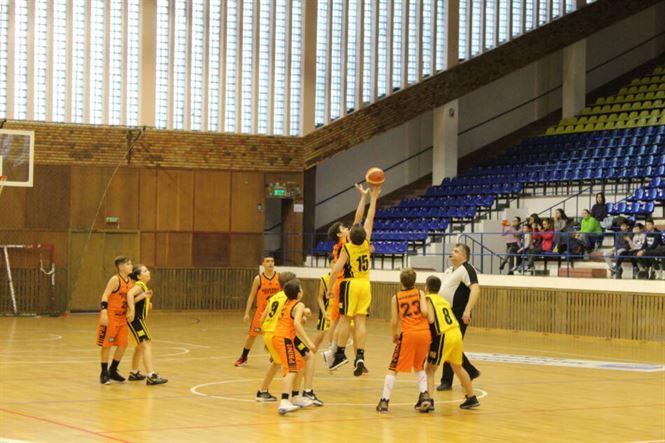 Competițiile de baschet s-ar putea relua în august