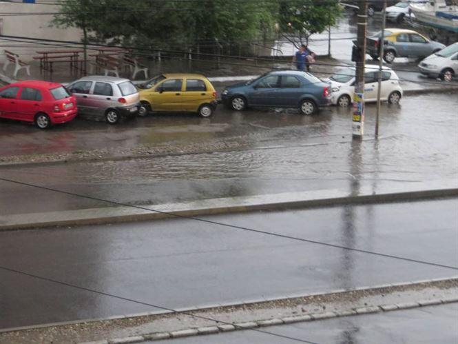 Imagini video cu potopul de pe Calea Calarasilor
