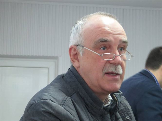 Iugulescu: Daca vom angaja asistente venite direct de pe bancile scolii, vom avea ce avem in momentul de fata