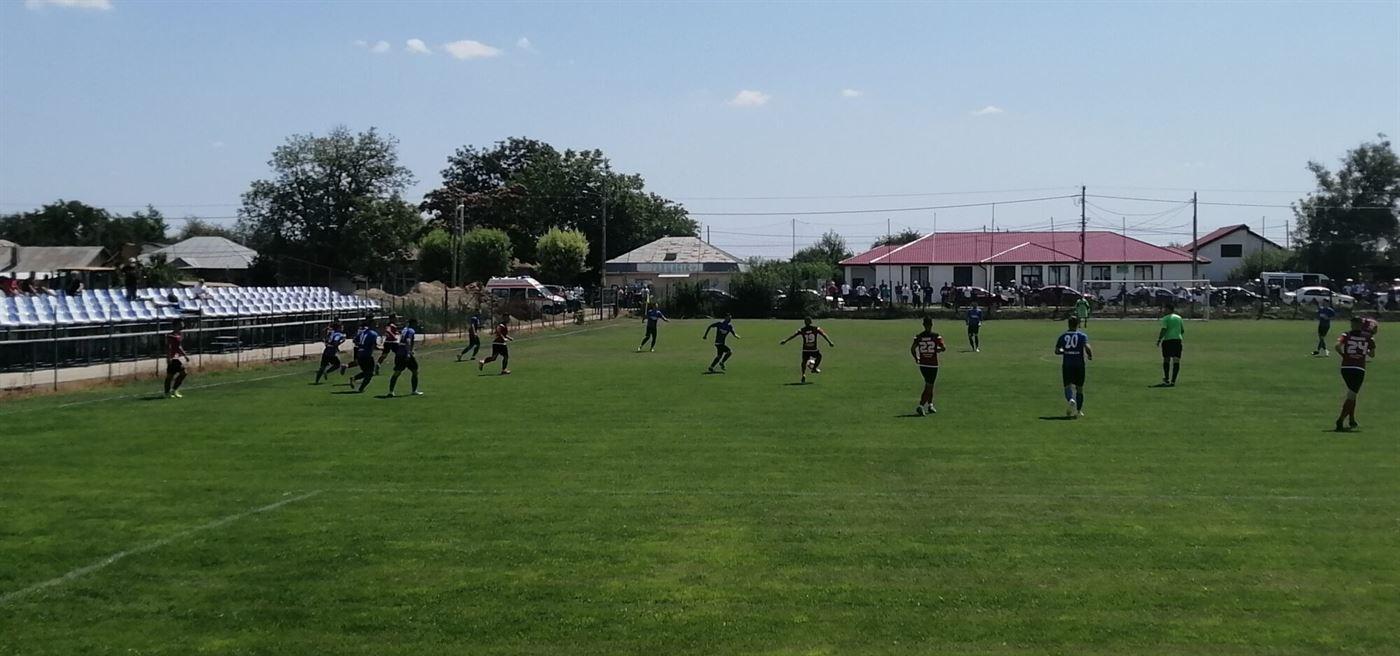 Sportul Chiscani merge la barajul de promovare în Liga a 3-a chiar dacă a pierdut cu 0-1 meciul retur cu Victoria Traian