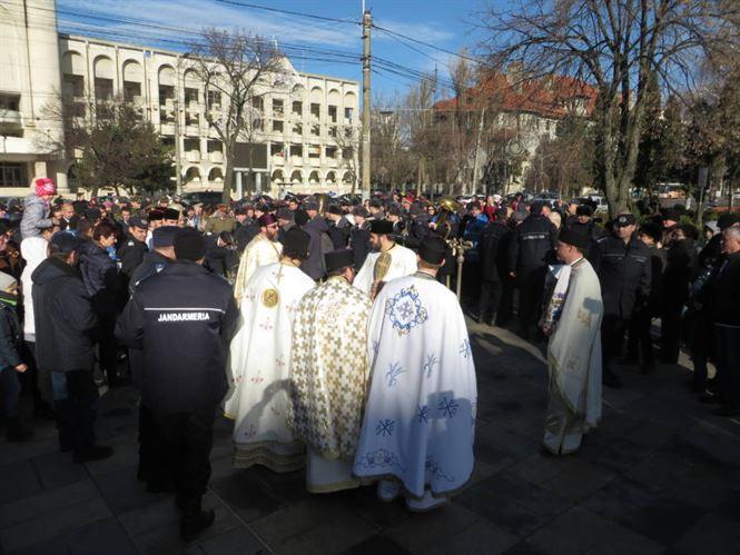 Pe 6 ianuarie creștinii sărbătoresc Boboteaza