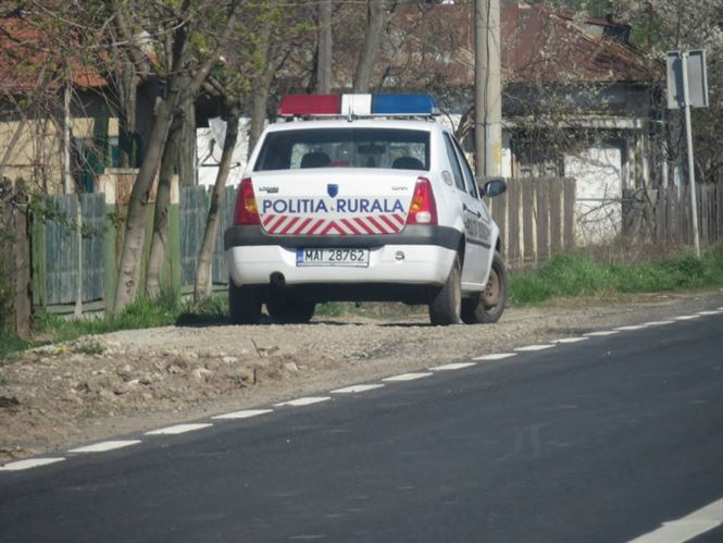 Actiuni preventive ale politistilor in Cazasu, Romanu si Gemenele