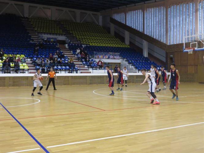 Nervi si dramatism in meciul juniorilor U18 dintre Cuza Sport Braila si CSS Medias