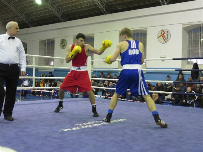 Galerie foto: S-au stabilit finalistii campionatului national de box U 22