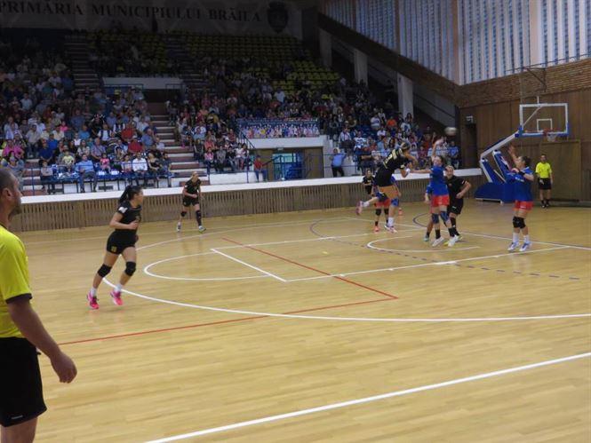 Galerie foto: HC Dunarea Braila si-a prezentat lotul intr-un meci cu Steaua Bucuresti