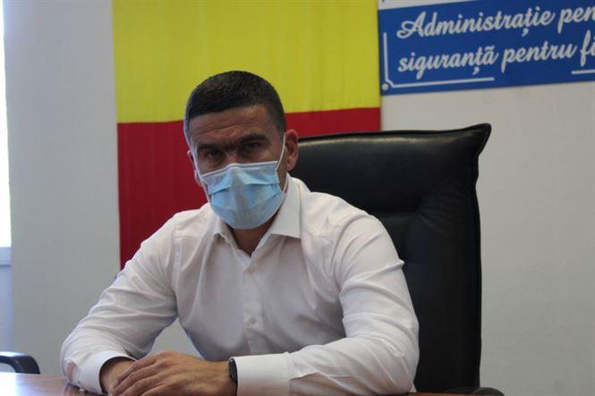Prefectul a discutat la minister pentru urgentarea transferului unui medic epidemiolog de la Suceava la DSP Brăila