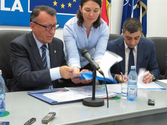 Contracte PNDL 2 semnate astazi la Braila de viceprim-ministrul Paul Stanescu