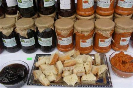 Daniel Constantin: In viitorul apropiat produsele traditionale romanesti ar putea avea coltul lor rezervat in hypermarket-uri