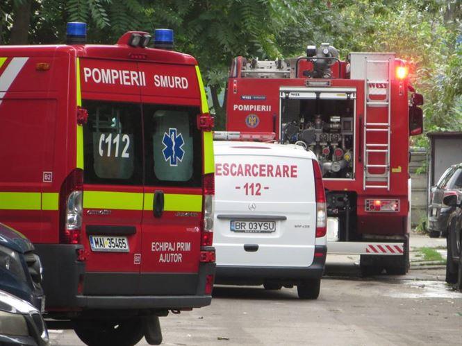Incendiu la doua imobile din cartierul Viziru II