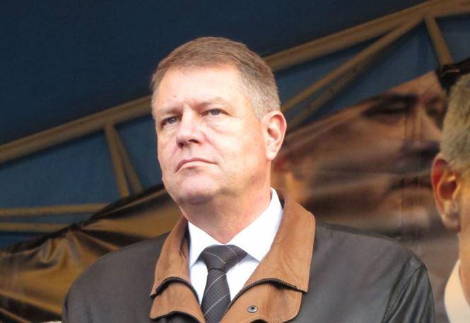 Iohannis vrea sa organizeze un referendum pe tema amnistiei si gratierii