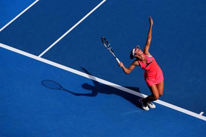 Simona Halep si Irina Begu in optimi la Australian Open
