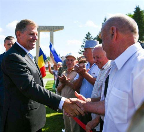 Din trecutul necunoscut al președintelui Klaus Iohannis – Fotografii inedite