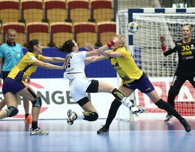 Romania la un punct de semifinale