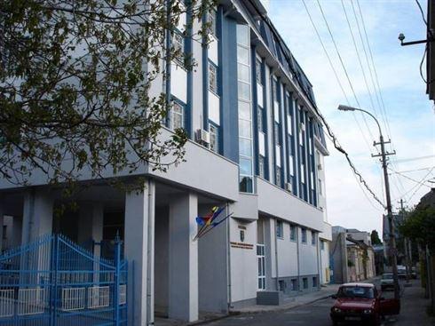 Minori arestati preventiv pentru 48 de furturi, tentativa de furt si talharie