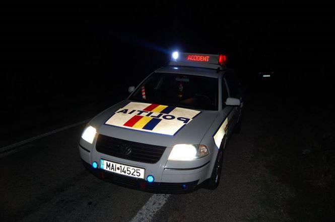 Mitsubishi Pajero cu 7 persoane in el, rasturnat din cauza vitezei