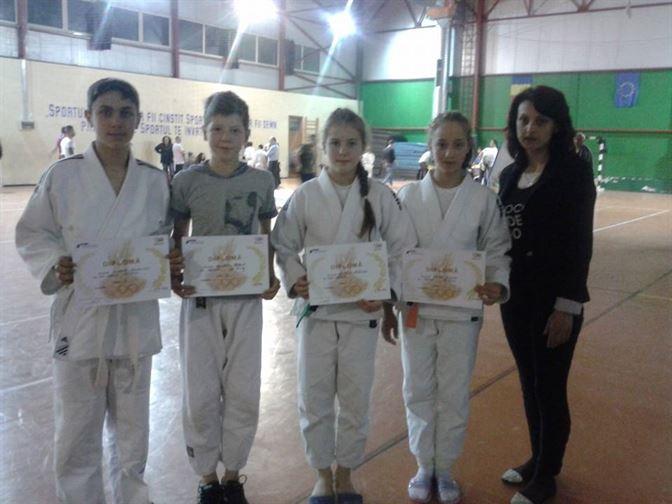 Noi performante pentru judoka braileni