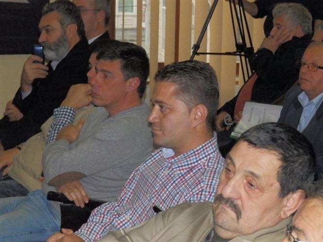 Noua consilieri judeteni si-au schimbat apartenenta politica