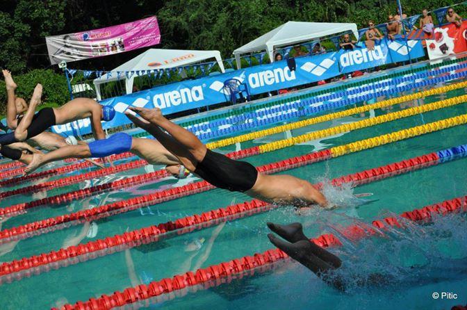 Patru medalii in prima zi a nationalelor de natatie