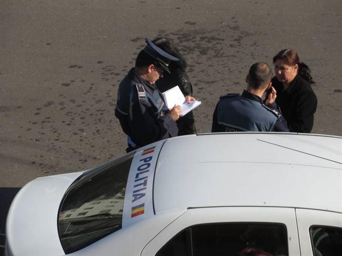 Politistii au oprit in trafic peste 50 de autovehicule si au legitimat peste 60 de persoane