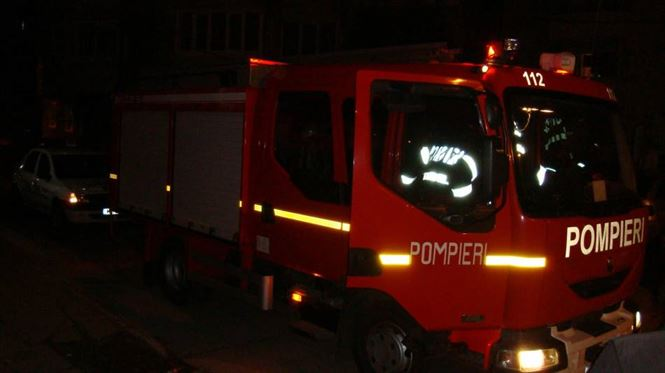 Incendiu la un atelier mecanic in zona Incinta docuri din municipiul Brăila