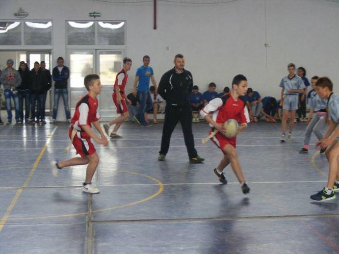 Record de participare la faza judeteana a ONSS la rugby-tag nivel gimnazial