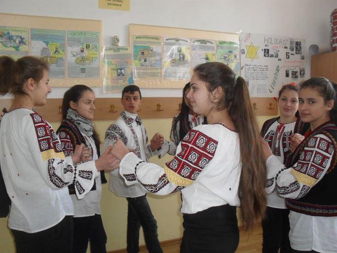 Ziua Unirii sarbatorita la scoala din Mircea Voda