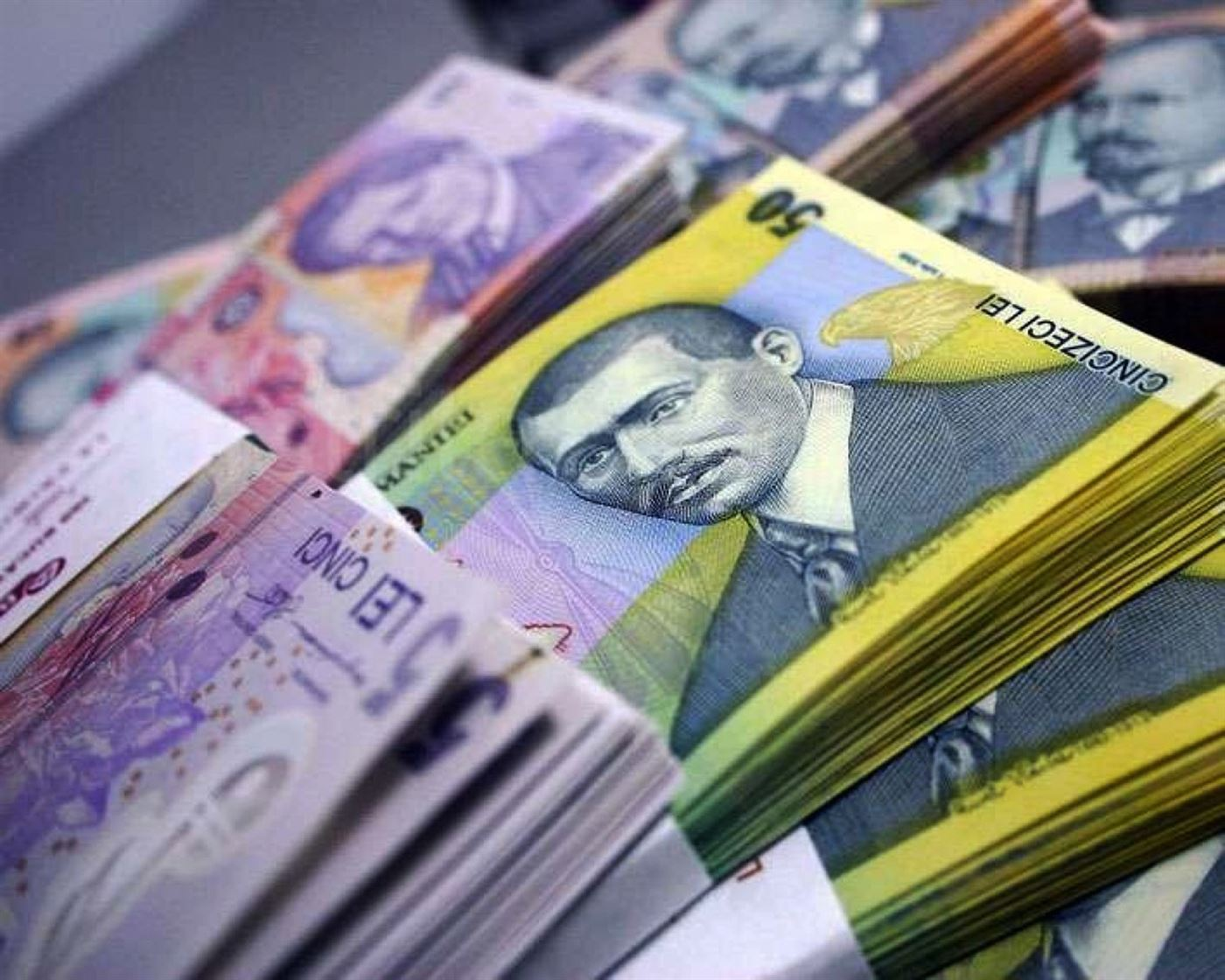 Salariile bugetarilor intarzie o saptamana