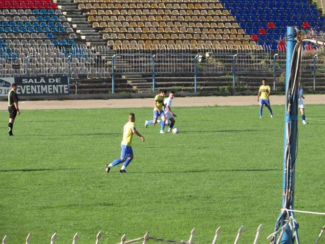 Sportul Chiscani si Victoria Traian isi disputa finala Cupei Romaniei faza judeteana
