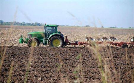Cererile pentru subvenționarea motorinei folosite în agricultură se depun până la data de 1 februarie