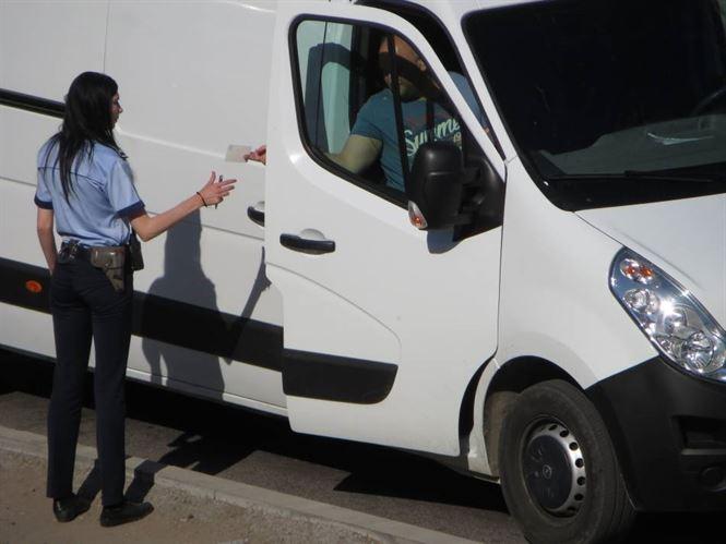 Mijloacele de transport persoane sau mărfuri luate la control de polițiști