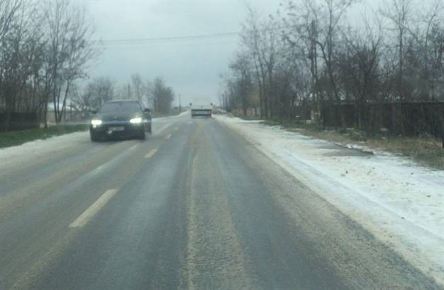 S-a reluat traficul pe toate drumurile din judet. Se circula in conditii de iarna