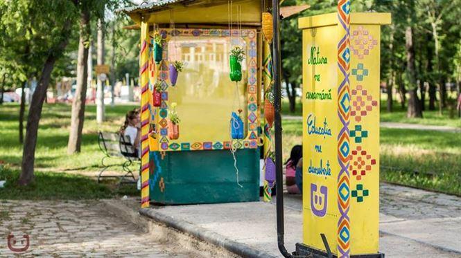 Doua tramvaie decorate de Asociatia Coloreria vor fi expuse pe strada Mihai Eminescu