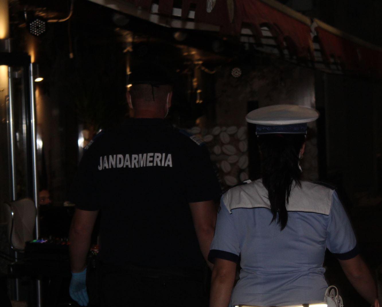 Trei societăți comerciale sancționate pentru desfășurarea de activități în baruri, cluburi și discoteci