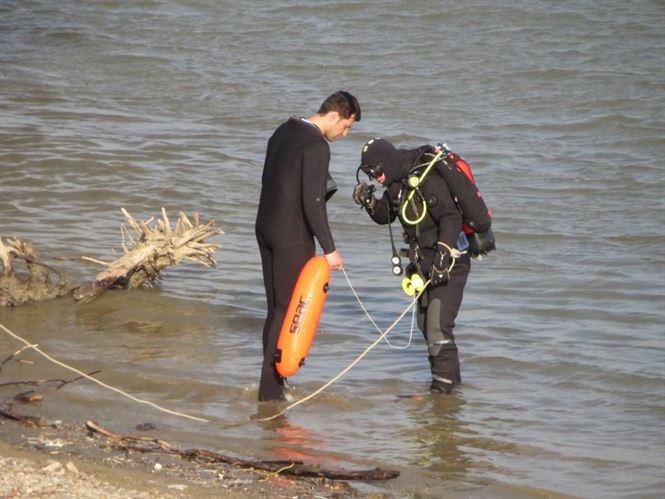 Trupurile barbatului si copilului de 14 ani, inecati joi la Plaja Lipoveneasca, au fost gasite
