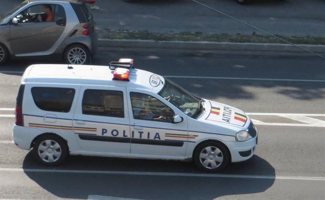 Vineri si sambata politistii au suspendat 4 permise si au retras 4 certificate de inmatriculare