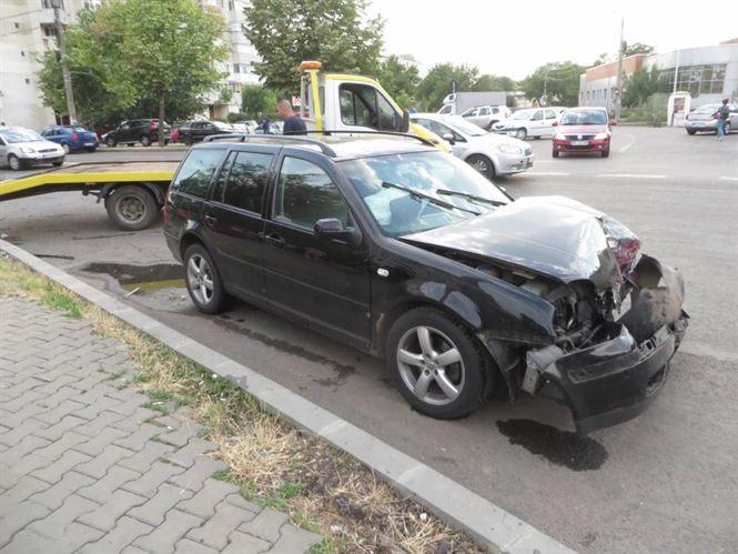 Accident din cauza neacordarii prioritatii pe soseaua Buzaului