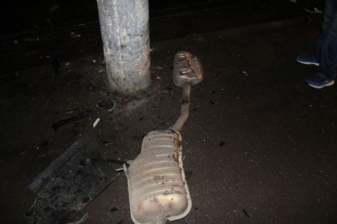 Accident grav pe Bulevardul Independenței. Mașină distrusă de un tânăr teribilist