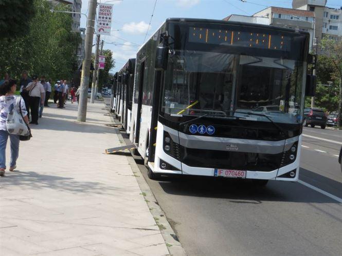 Cinci autobuze de capacitate medie cumparate pentru Braicar