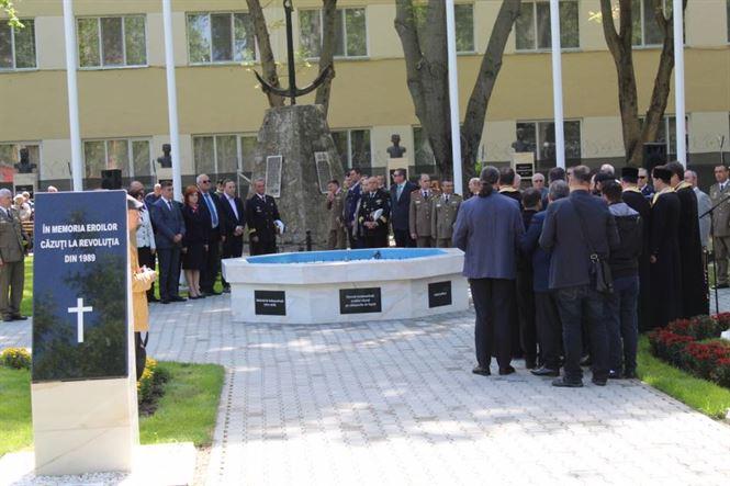 Manifestări dedicate Zilei Independenței de stat a României, Zilei Victoriei Coaliției Națiunilor Unite în cel de-al doilea război mondial și Zilei Uniunii Europene