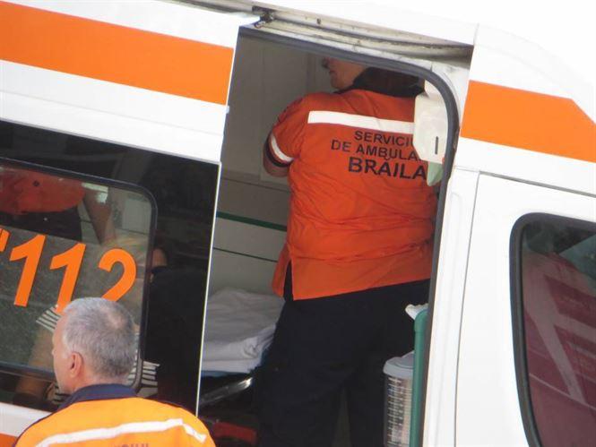 Un șofer de 31 de ani din Viziru a intrat cu mașina într-o căruță în apropiere de Însurăței