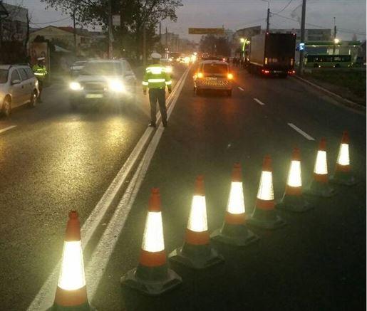 Peste 300 de autovehicule oprite in trafic si peste 600 de persoane legitimate de politisti