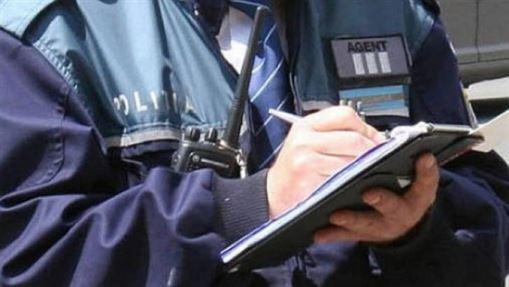 Polițiștii i-au verificat pe agenții de pază de la clinicile medicale